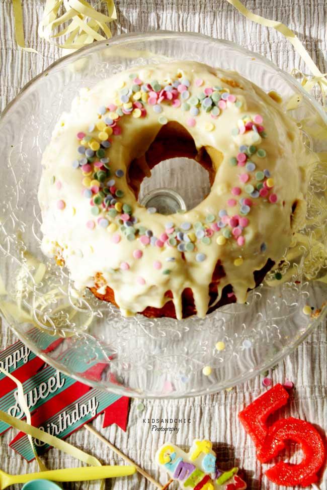 donut-funfetti-bundt-cake-5