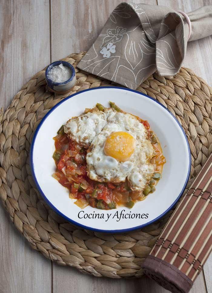 huevos-fritos-a-la-espac3b1ola