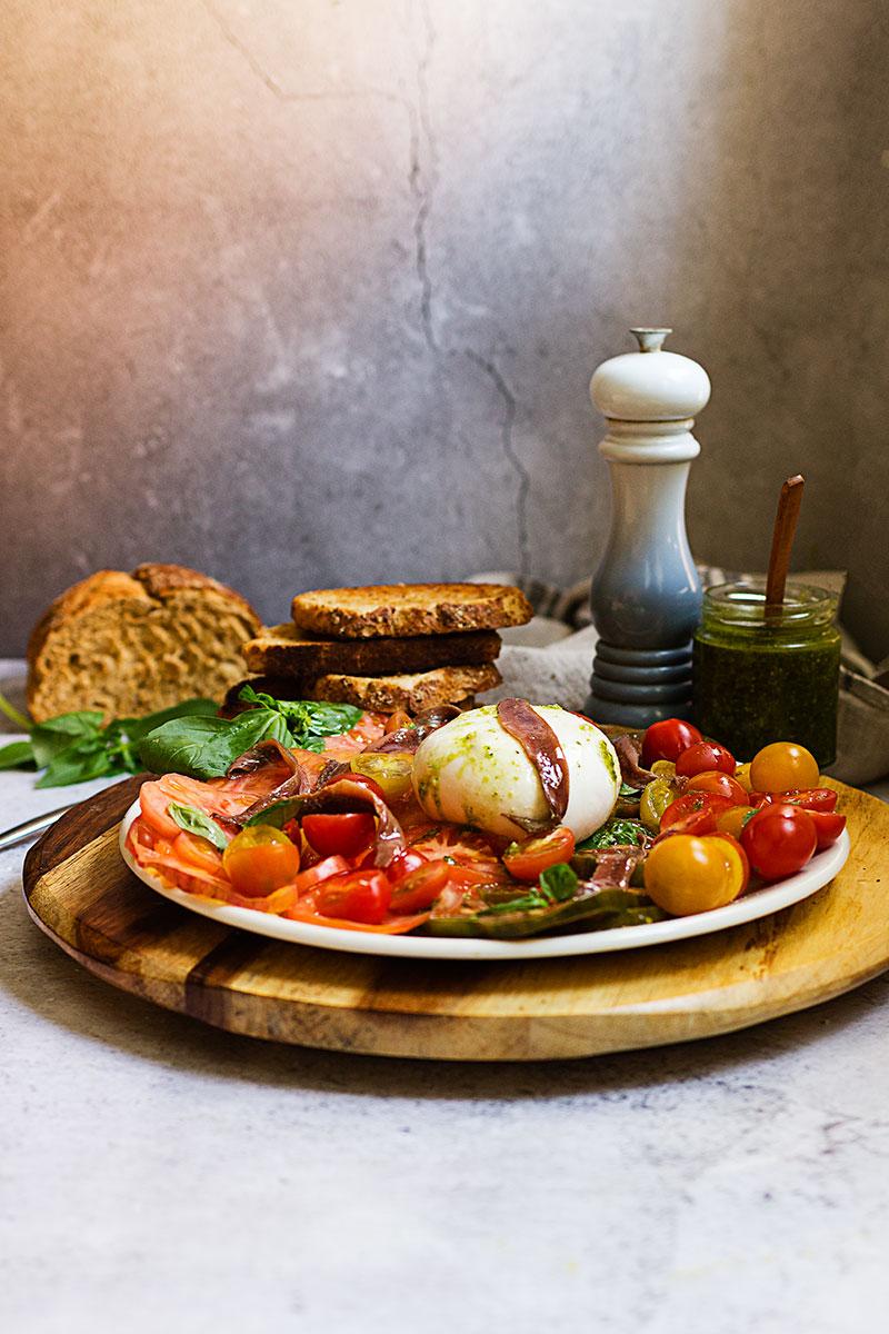 ensalada-de-tomate252c-anchoas-y-burrata-web-1
